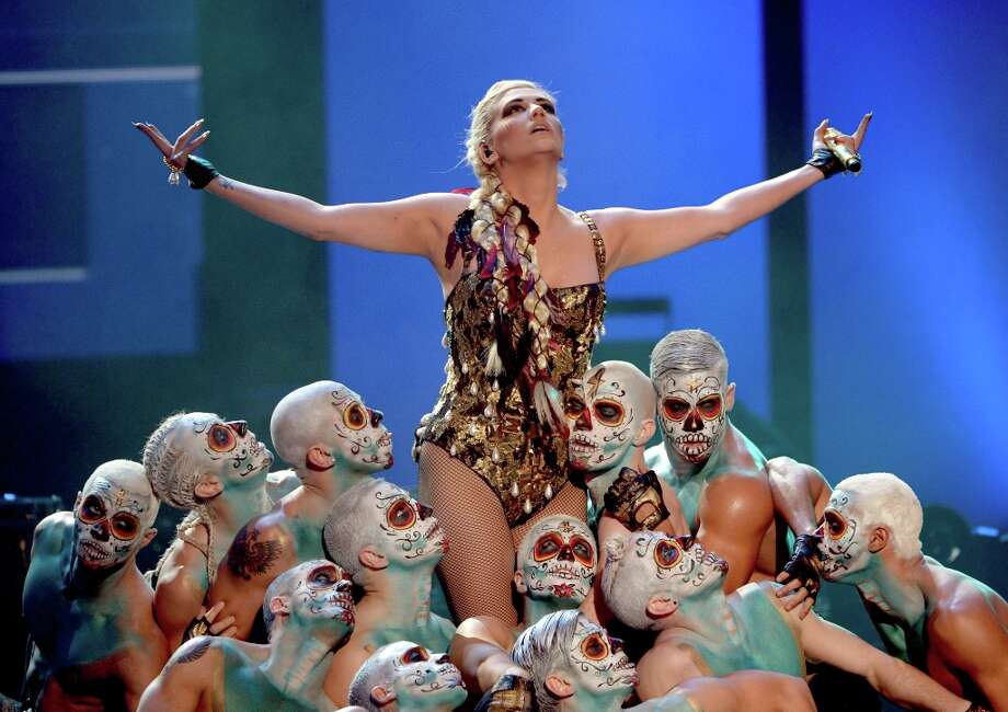 Singer Kesha performs onstage during the 40th American Music Awards held at Nokia Theatre L.A. Live on November 18, 2012 in Los Angeles, California.  (Photo by Kevin Winter/Getty Images) Photo: Kevin Winter, Getty Images / 2012 Getty Images