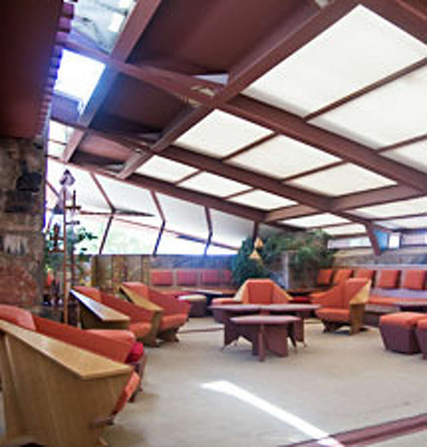 A view of the inside (Frank Lloyd Wright Foundation / http://www.franklloydwright.org)
