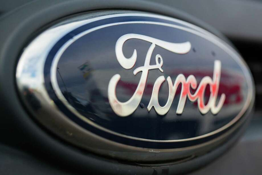 Ford Motor Co.Revenues ($b): 138.3Profits ($mm): 2,083See the full list here. Photo: Jason Alden, Bloomberg / Copyright 2012 Bloomberg Finance LP