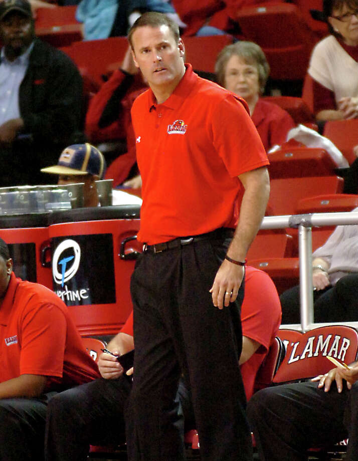 Lamar coach Pat Knight watches the Cardinal take on Central Arkansas at the Montagne Center at Lamar University in Beaumont, Saturday, January 7, 2012. Tammy McKinley/The Enterprise Photo: TAMMY MCKINLEY