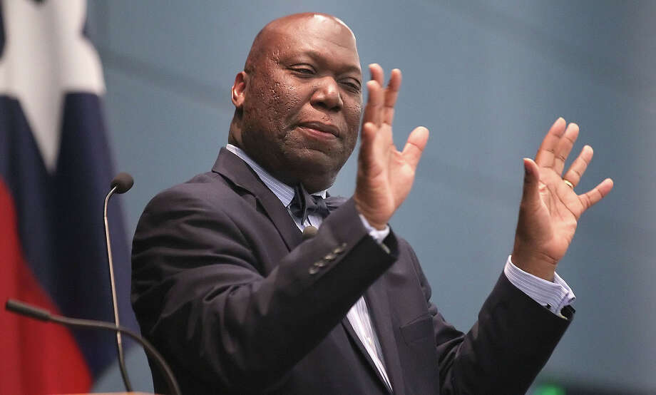 Feb. 7, 2013: TEA Commissioner Michael Williams recommends closing the district and annexing it into HISD. Photo: Todd Yates, Associated Press / Corpus Christi Caller-Times