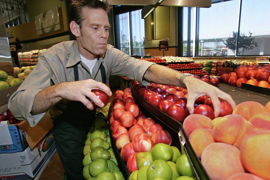 "Safeway:The supermarket pledges ""if your produce isn't fresh and delicious every time, we'll gladly replace it or refund your money."" Photo: BEN MARGOT/Associated Press, Associated Press"