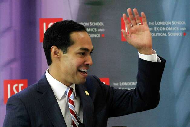 This was a big year for Mayor Julian Castro, who figures in two of the top 10 local stories of 2012.  Here's our countdown ... Photo: Sang Tan, AP / AP