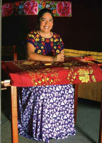 Teresa López Jiménez and her sisters make textiles using tradiional Zapotec techniques. Photo: Courtesy, Esperanza Peace And Justice Center