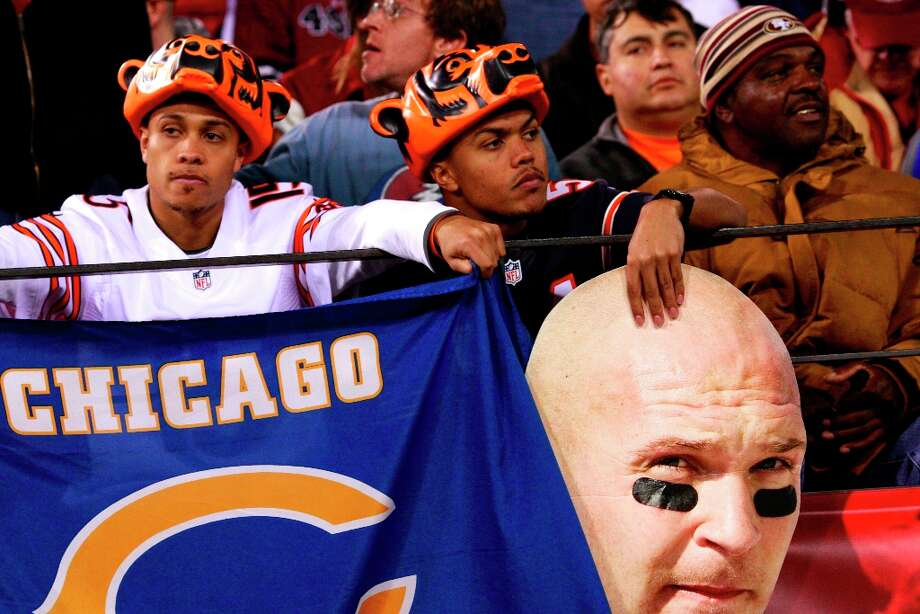 Chicago Bears fans during the San Francisco 49ers game against the Chicago Bears at Candlestick Park in San Francisco, Calif., on Monday November 19, 2012. Photo: Stephen Lam, Special To The Chronicle / ONLINE_YES