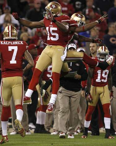 Wide receiver Michael Crabtree (15) celebrates after a touchdown in the fourth quarter of the San Francisco 49ers game against the Chicago Bears at Candlestick Park in San Francisco, Calif., on Sunday November 19, 2012. Photo: Carlos Avila Gonzalez, The Chronicle