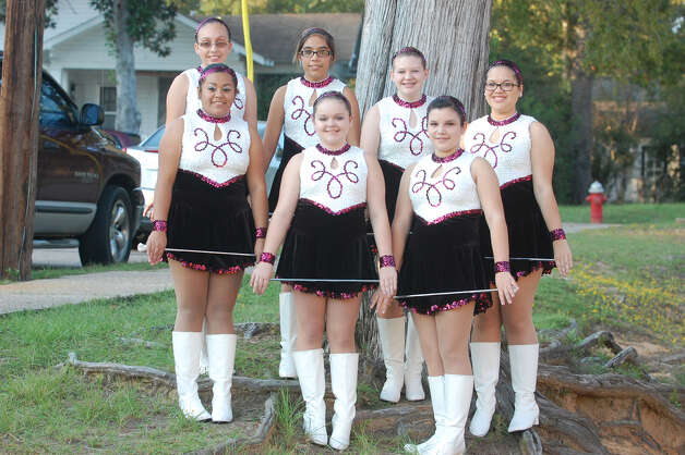 Jasper Junior High twirlers Photo: Jimmy Galvan