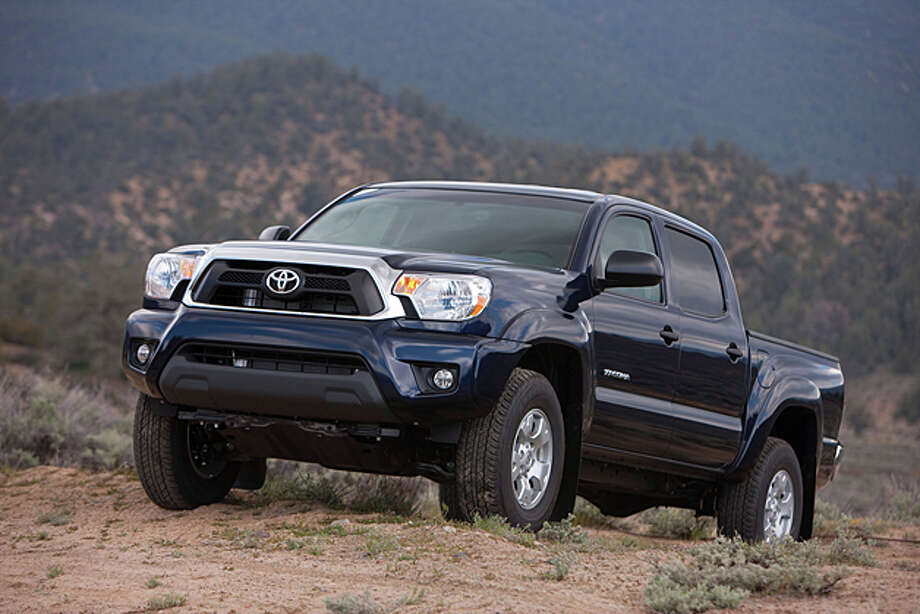 2013 Toyota Tacoma Double Cab 4x4 (photo Courtesy Toyota) / Dewhurst  Photography