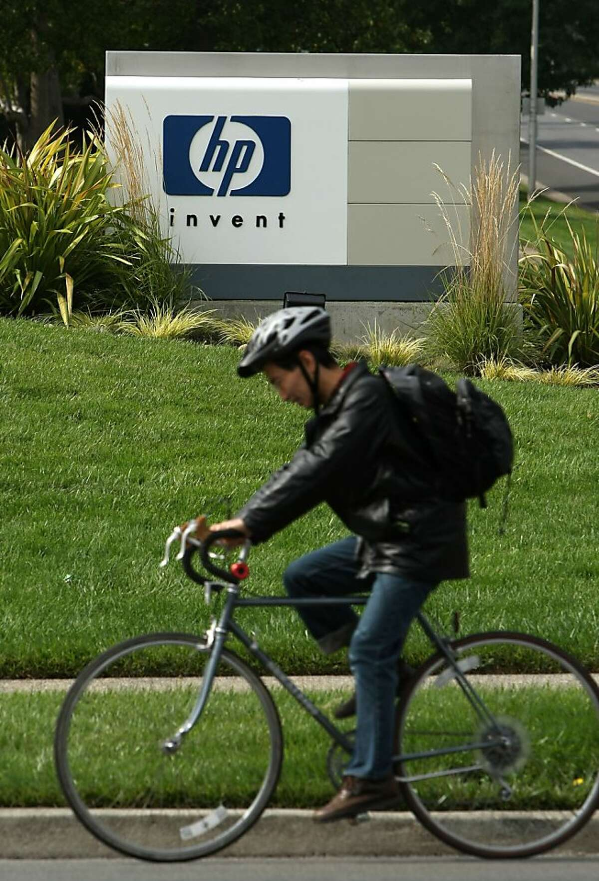 Hewlett-Packard Headquarters September 16, 2008 in Palo Alto, California. It was reported that shares of Hewlett-Packard plunged over 13 percent after the company disclosed serious accounting improprieties after acquiring Autonomy Corp. that led to an $8.8 billion asset-impairment charge.