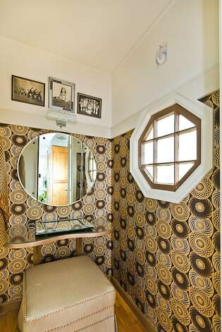 A powder room in the home. Photo: Olga Soboleva