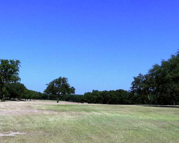 The Hawk at Rebecca Creek incorporates trees into its layout to challenge golfers. Photo: San Antonio Express-News
