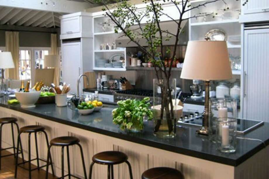 Another view of the kitchen.  Looks just like her show. (curbed.com)