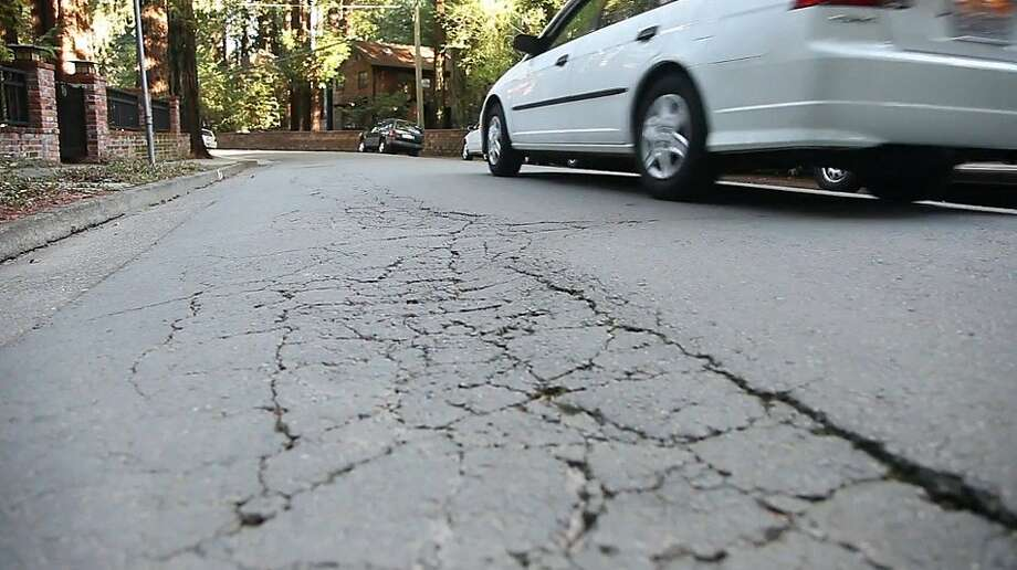Madrone Avenue is among the streets with maintenance problems in Larkspur. Photo: Courtesy Bay Citizen