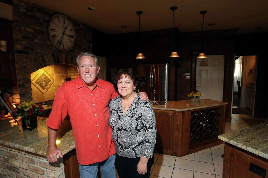Bill and Pam Hockersmith remodeled the kitchen in their Northeast side home in 2008. Photo: Helen L. Montoya, San Antonio Express-News / ©SAN ANTONIO EXPRESS-NEWS