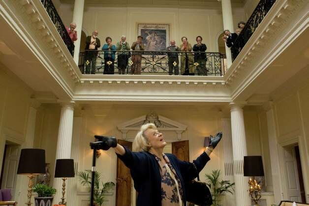 MAGGIE SMITH stars in QUARTET / © 2012 The Weinstein Company. All Rights Reserved.