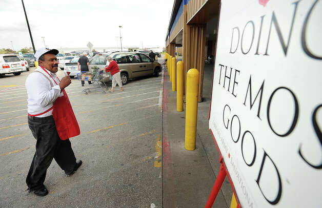 Raphael Collins rings a bell for the Salvation Army at Sam's Club on Monday. The organization is experiencing a hike in applicants for the volunteer position. Guiseppe Barranco/The Enterprise Photo: Guiseppe Barranco / Beaumont