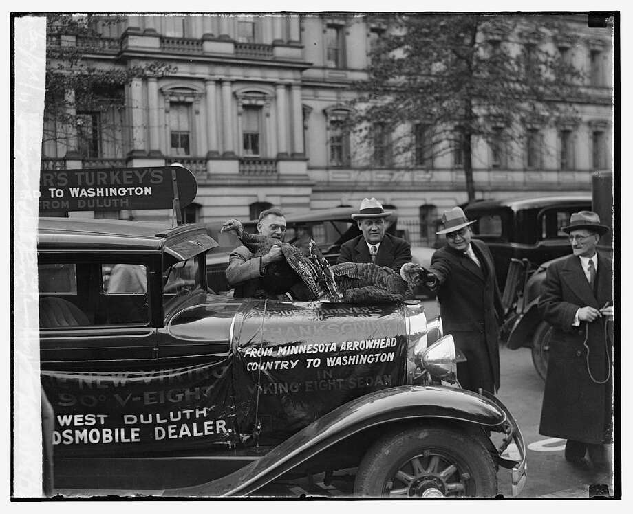 Thanksgiving turkey for the President, Nov. 26, 1929. Photo: National Photo Company Collection (Library Of Congress)