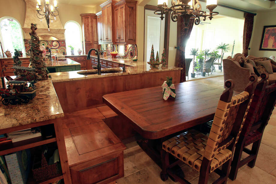 Spaces Mitchell on November 21, 2012. Photo: Tom Reel, San Antonio Express-News / ©2012 San Antono Express-News