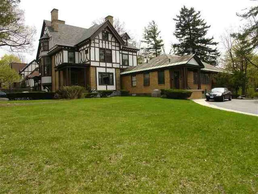House of the Week: 1100 Nott St., Schenectady | Realtor: Howard Rubinger at RealtyUSA | Discuss: Talk about this house