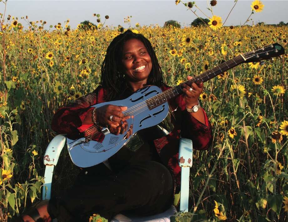 Ruthie Foster will perform at ifest in Houston in 2007. Credit: ifest / Handout CD