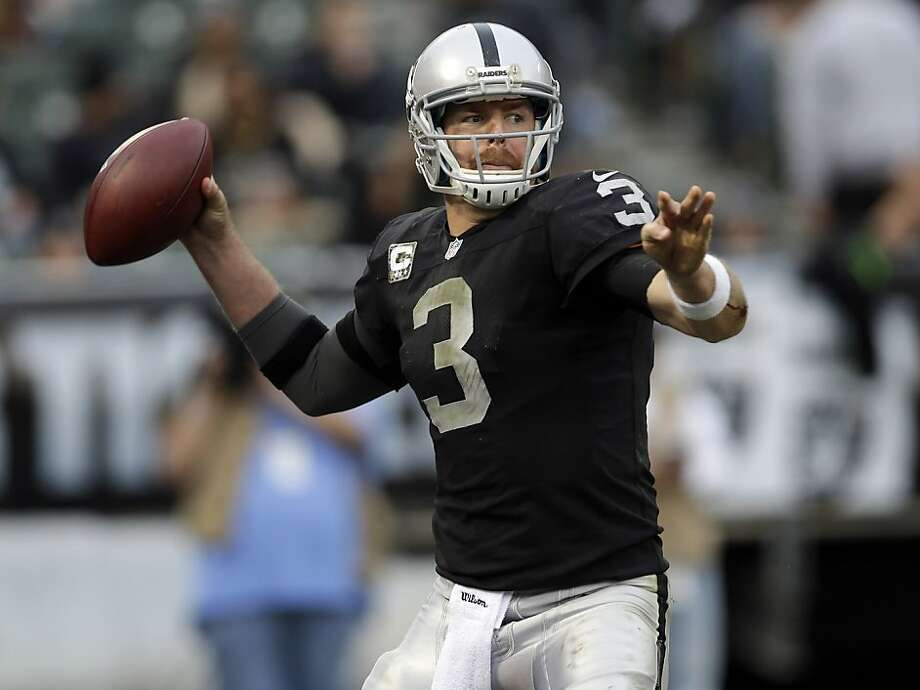 Carson Palmer and the Raiders on Sunday visit Cincinnati, where Palmer played from 2004 to 2010. Photo: Marcio Jose Sanchez, Associated Press