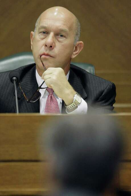 State Sen. John Whitmire believes local officials will retain power to pick port commissioners. Photo: Harry Cabluck, STF / AP2009