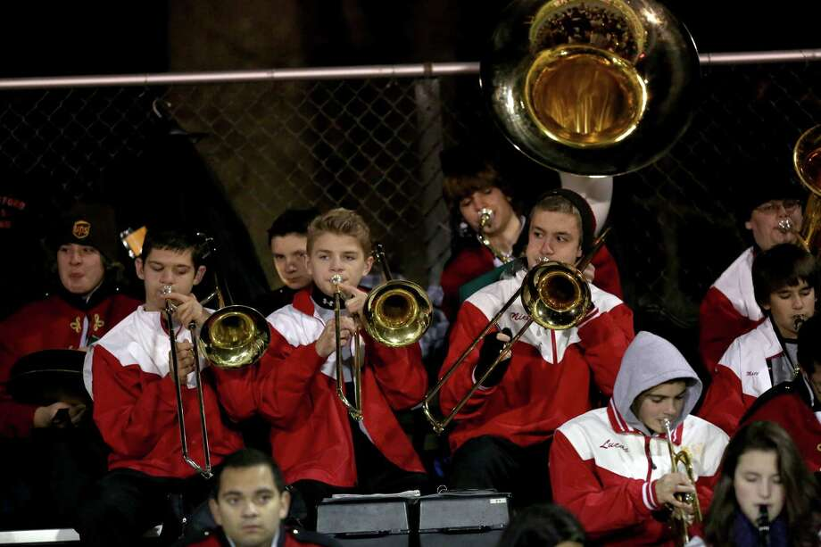 Mike Ross Connecticut Post freelance -Members of the Stratford High School perform during Wednesday evening football game between Stratford and Bunnell High Schools. Photo: Mike Ross / Connecticut Post Freelance