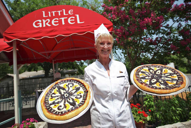Little Gretel, 518 River Road in Boerne, 830-331-1368, is offering Friday dinner specials until March 30 including grilled red snapper; seared halibut; pan-fried red snapper stuffed with crab; and shrimp penne pasta. Dinner served 5-9 p.m. Wednesday-Saturday. www.littlegretel.com Photo: Andrew Buckley, San Antonio Express-News / Copyright: Andrew Buckley