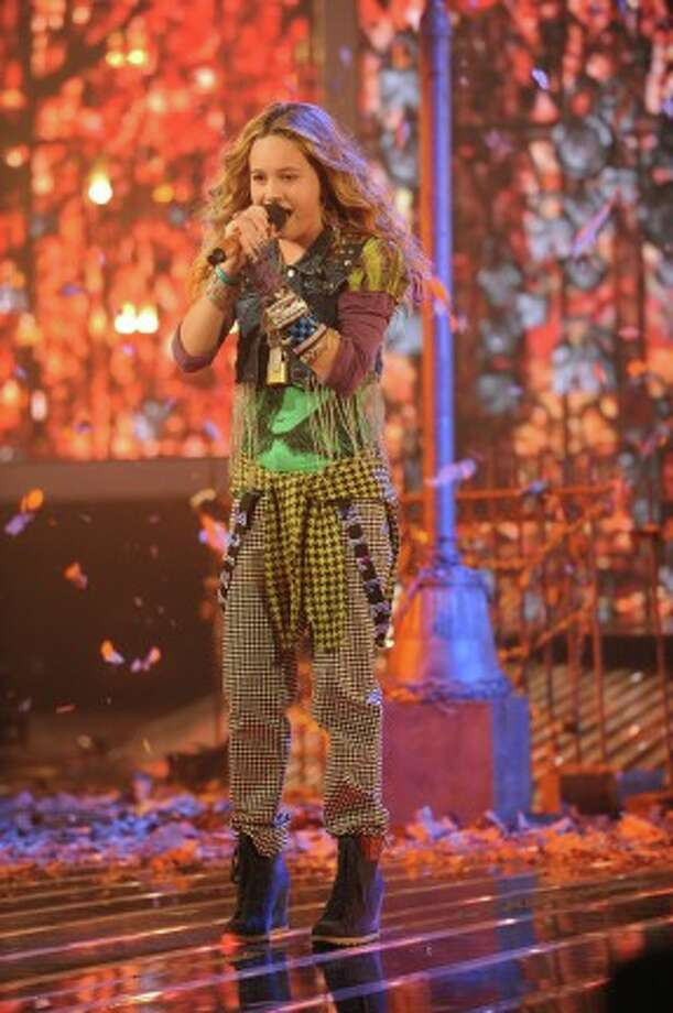 THE X FACTOR: Top 10 Perform: Beatrice Miller performs live on THE X FACTOR Wednesday, Nov. 21 (8:00-10:00 PM ET/PT) on FOX. CR: Ray Mickshaw / FOX (                                                      )