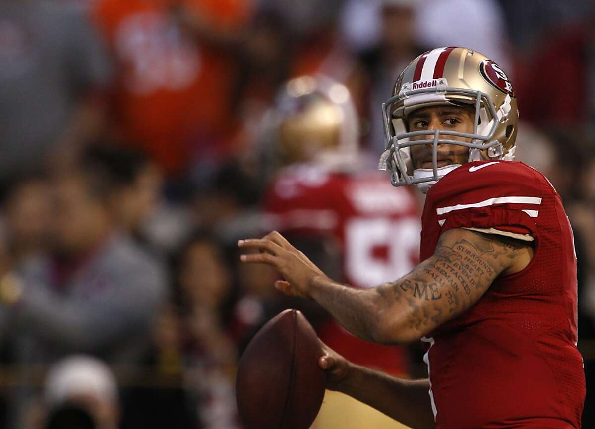 Quarterback Colin Kaepernick (7) starts in his first NFL game during the San Francisco 49ers game against the Chicago Bears at Candlestick Park in San Francisco, Calif., on Sunday November 19, 2012.