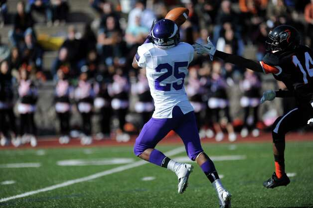 Thursday's game between Westhill and Stamford at Stamford High School on Thanksgiving day, November 22, 2012. Photo: Lindsay Niegelberg / Stamford Advocate