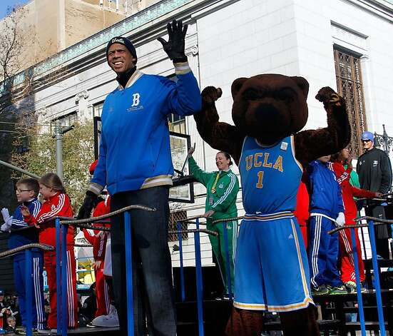 Kareem Abdul Jabbar 86th Annual Macy's Thanksgiving Day Parade on November 22, 2012 in New York City. Photo: Laura Cavanaugh, Getty Images