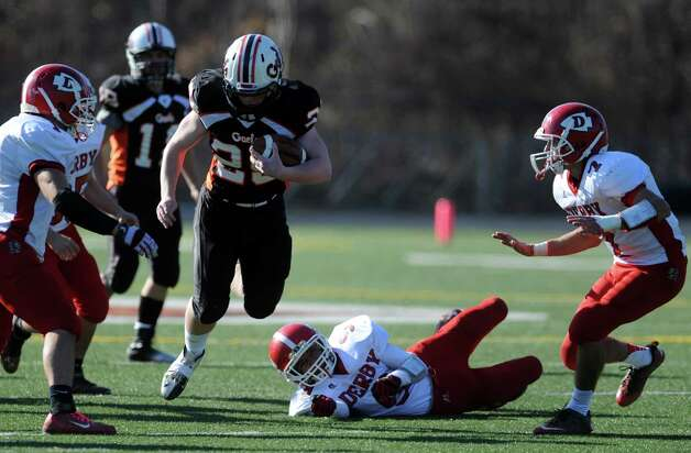 Scenes from the Derby vs. Shelton Thanksgiving Day football game Thursday, Nov. 22, 2012 at Shelton High School. Photo: Autumn Driscoll / Connecticut Post