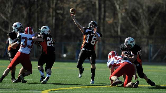 Shelton's Mark Piccirillo makes a pass during the Thanksgiving Day football game against Derby Thursday, Nov. 22, 2012 at Shelton High School. Photo: Autumn Driscoll / Connecticut Post