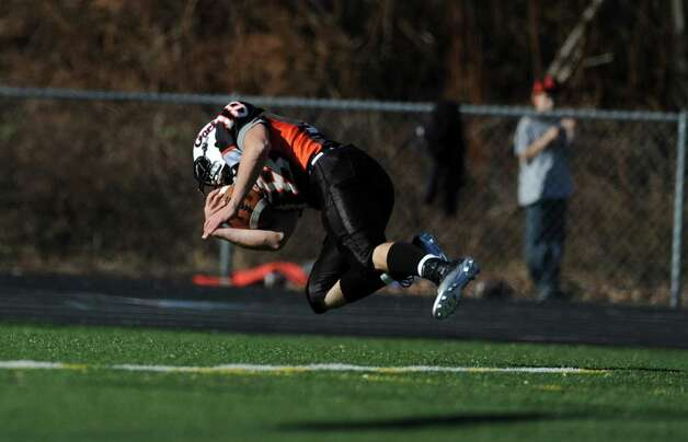 Shelton's Mark Piccirillo scores a touchdown during the Thanksgiving Day football game against Derby Thursday, Nov. 22, 2012 at Shelton High School. Photo: Autumn Driscoll / Connecticut Post