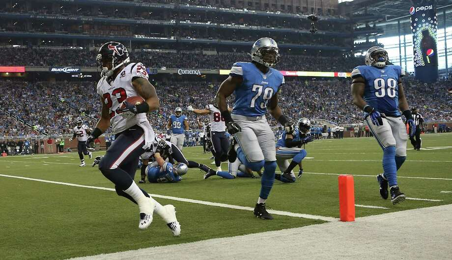 Arian Foster #23 of the Houston Texans runs six yards for a second quarter touchdown during the game against the Detroit Lions at Ford Field on November 22, 2012 in Detroit, Michigan. Photo: Leon Halip, Getty Images / 2012 Getty Images
