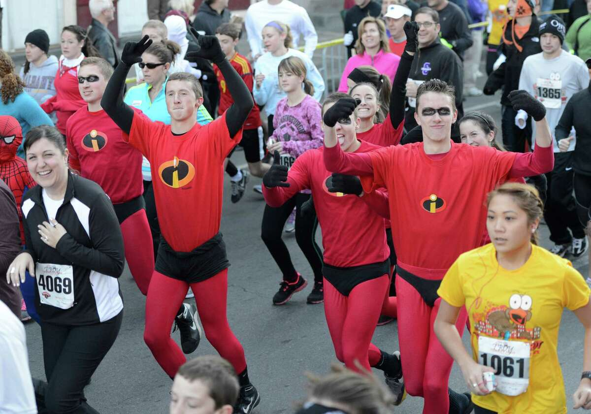 The start of the 5K race in the 65th running of the Troy Turkey Trot in Troy, N.Y. Nov 22, 2012. (Skip Dickstein/Times Union)