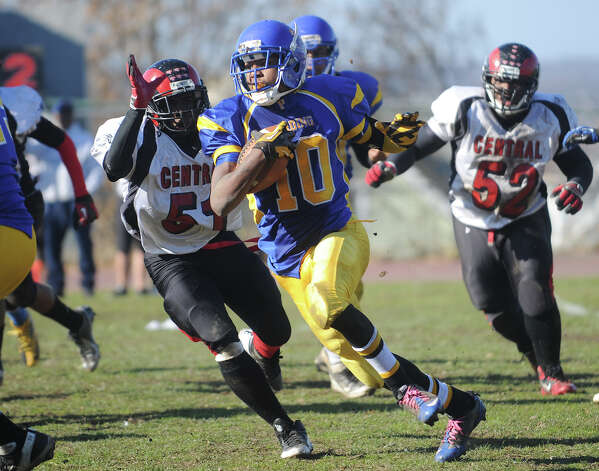 Central v. Harding football at Harding High School in Bridgeport on Thursday, November 22, 2012. Photo: Brian A. Pounds / Connecticut Post