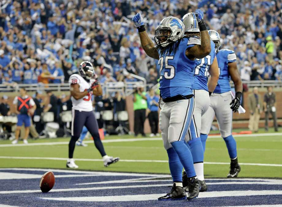 Detroit Lions running back Mikel Leshoure (25) reacts after after scoring a touchdown during the first quarter of an NFL football game against the Houston Texans at Ford Field in Detroit, Thursday, Nov. 22, 2012. (AP Photo/Paul Sancya) Photo: Paul Sancya, Associated Press / AP