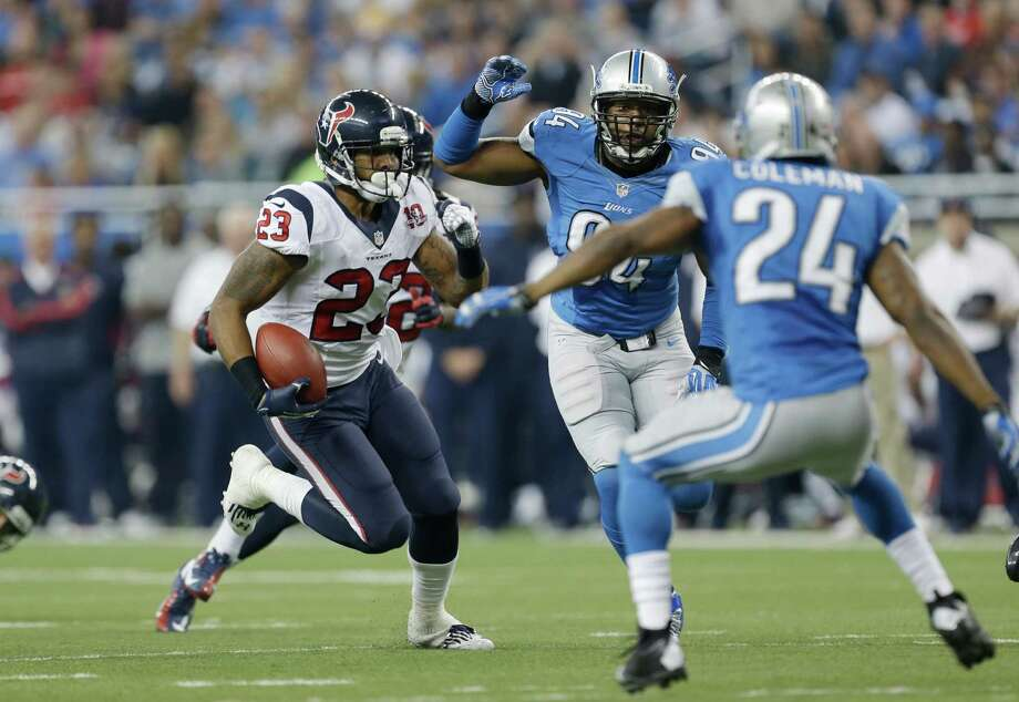 Houston Texans running back Arian Foster (23) runs during the second quarter of an NFL football game against the Detroit Lions at Ford Field in Detroit, Thursday, Nov. 22, 2012. (AP Photo/Paul Sancya) Photo: Paul Sancya, Associated Press / AP