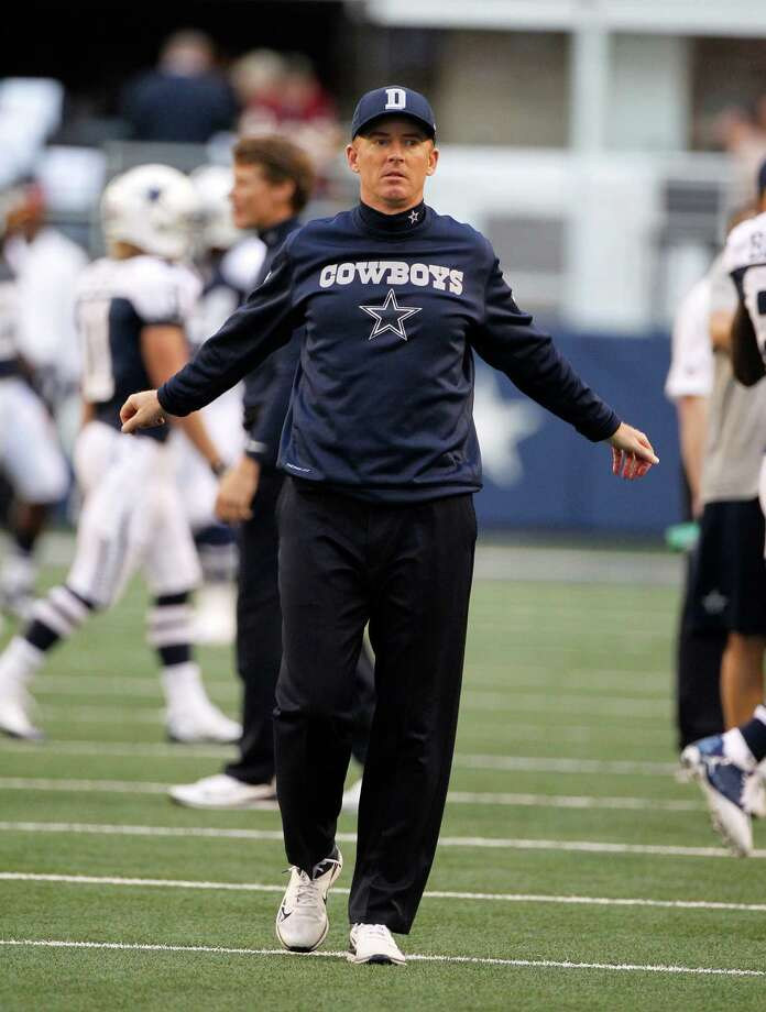 Dallas Cowboys head coach Jason Garrett walks on the field during warm ups before an NFL football game against the Washington Redskins Thursday, Nov. 22, 2012, in Arlington, Texas. (AP Photo/Tim Sharp) Photo: Tim Sharp, Associated Press / FR62992 AP