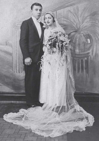 A wedding portrait of Fairfielders John and Ann Betar taken 80 years ago.  Fairfield CT 11/15/12 Photo: Meg Barone / Fairfield Citizen freelance
