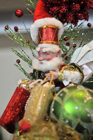 Santa presides over festivities from atop a chandelier at Summer Classics. Photo: Robin Jerstad
