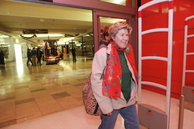 Roberta Hall, of West Haven,  shops at the Westfield Connecticut Post Mall in Milford, Conn. on Friday, November 23, 2012. Photo: BK Angeletti, B.K. Angeletti / Connecticut Post freelance B.K. Angeletti