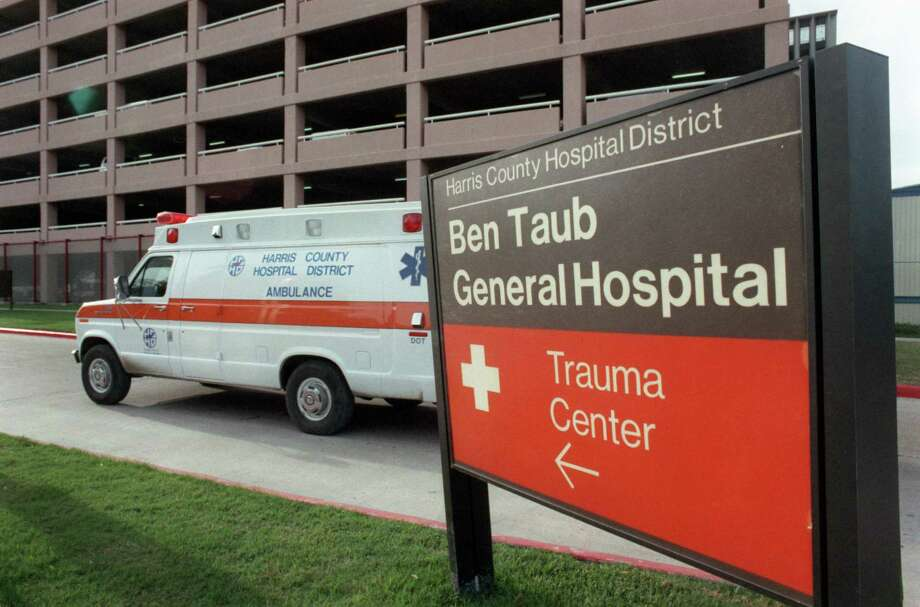 An ambulance pulls into the emergency entrance at Ben Taub's trauma center. Funds dedicated to trauma care have been used to balance the state's budget. Photo: Carrie Beth Tucker / Houston Chronicle