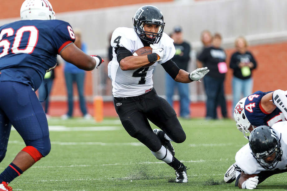 28-5A: Steele running back Justin Stockton is primed for a huge senior season. Photo: MARVIN PFEIFFER, Express-News / Express-News 2012