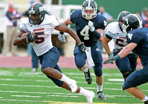 Bronco runner Faissal Shabani breaks into the open as Brandeis beats Smithson Valley 28-20 at Camalander Stadium in second round playoff action on November 23, 2012. Photo: Tom Reel, Express-News / ©2012 San Antono Express-News