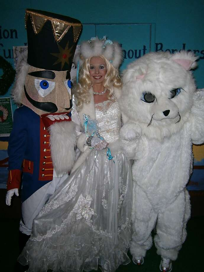 The Snow Queen (center) is a longtime fixture at the Union Street Fantasy of Lights. Photo: SRES Productions