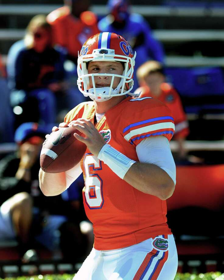 GAINESVILLE, FL - NOVEMBER 10: Quarterback Jeff Driskel #6 of the Florida Gators warms up for play against the Louisiana-Lafayette Ragin' Cajuns November 10, 2012 in Gainesville, Florida. (Photo by Al Messerschmidt/Getty Images) Photo: Al Messerschmidt, Stringer / 2012 Getty Images