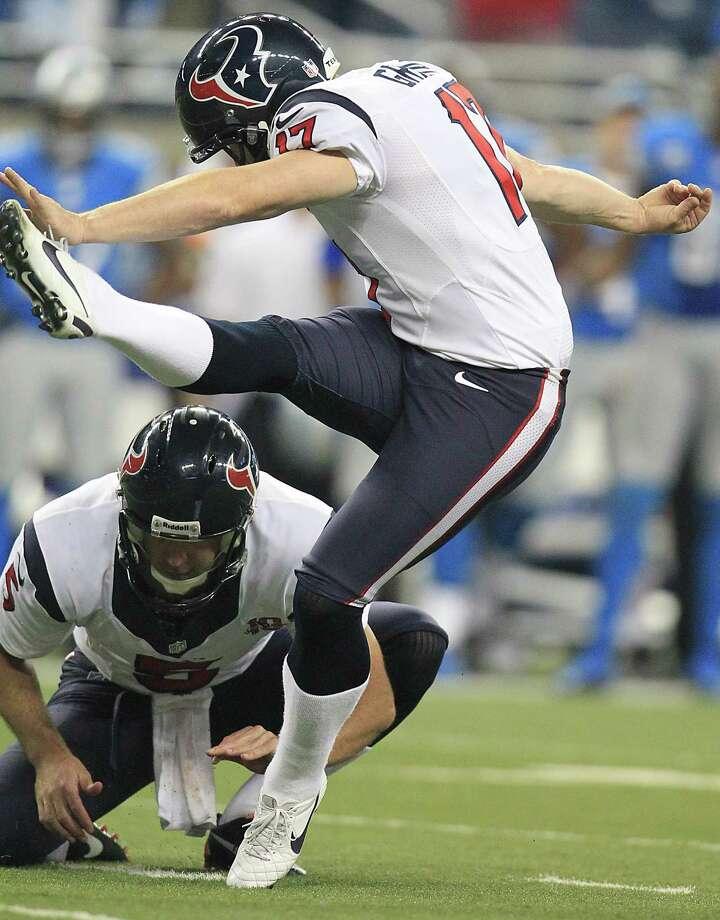 Texans kicker Shayne Graham kicks a game winning field goal during overtime. Photo: Karen Warren, Houston Chronicle / © 2012  Houston Chronicle